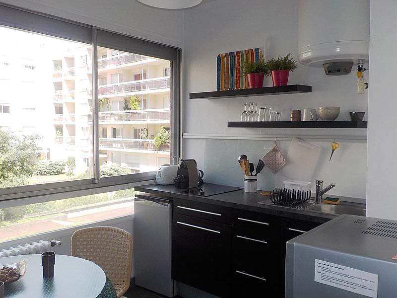 appartement meubl lyon part dieu location meubl lyon 6 me. Black Bedroom Furniture Sets. Home Design Ideas